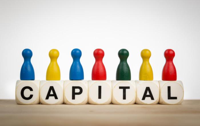 Venture capital - private VC vs. corporate VC